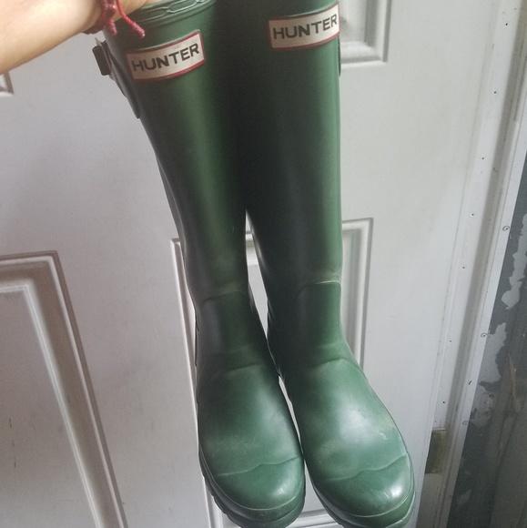 Hunter Shoes - Hunter rain boots size 6 matt green